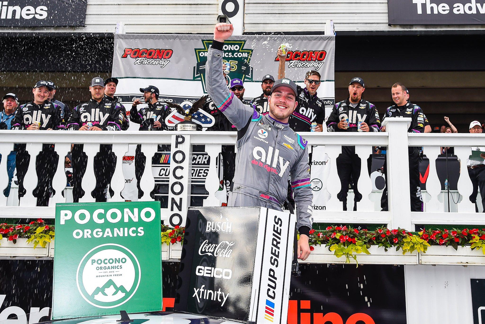 NASCAR: Larson drámája után Bowman győzött Poconón
