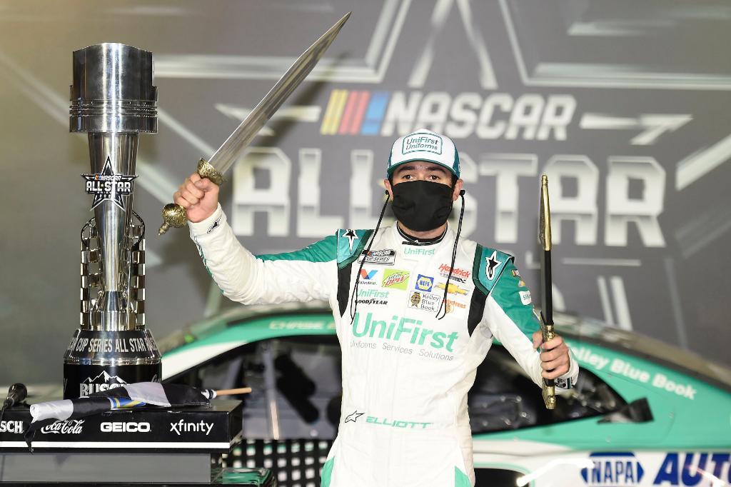 Egymillió dolláros Chase: Elliott nyerte a NASCAR Cup All-Star futamát