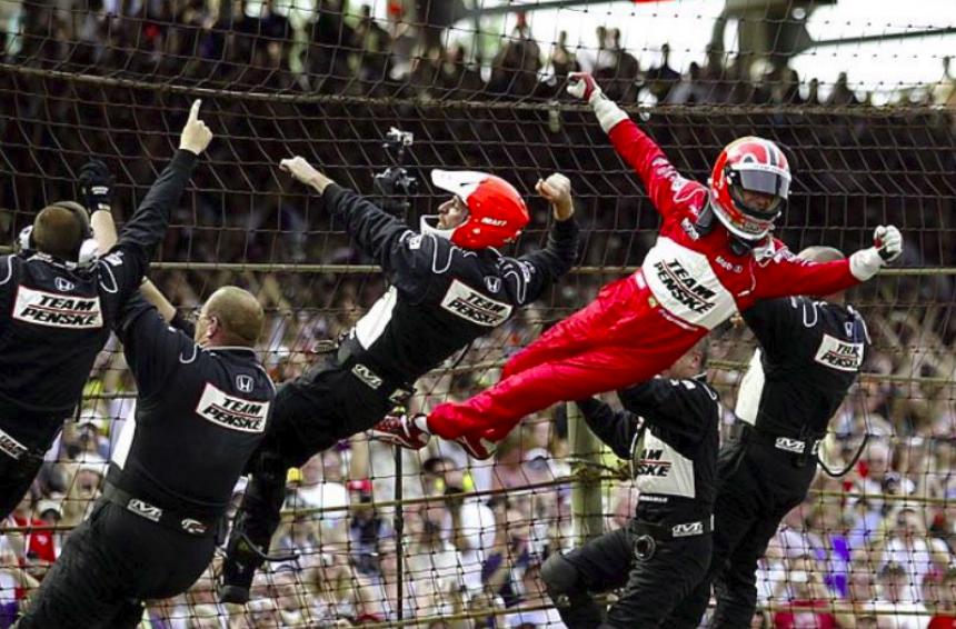 Hogyan született meg az IndyCar legmenőbb győzelmi rituáléja?