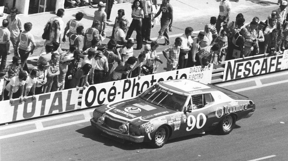 Amikor a NASCAR autói is harcba szálltak a Le Mans-i 24 óráson
