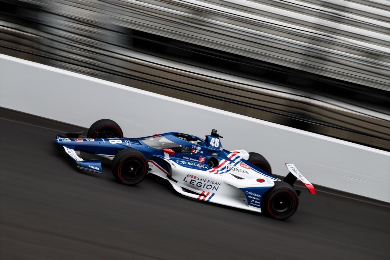 Indy 500 – 3.nap: Kanaan az élen, Ferrucci nagyot bukott