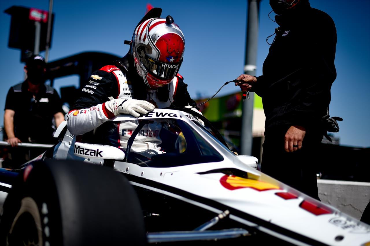 IndyCar: Newgarden nyitott az élen St. Petersburgben