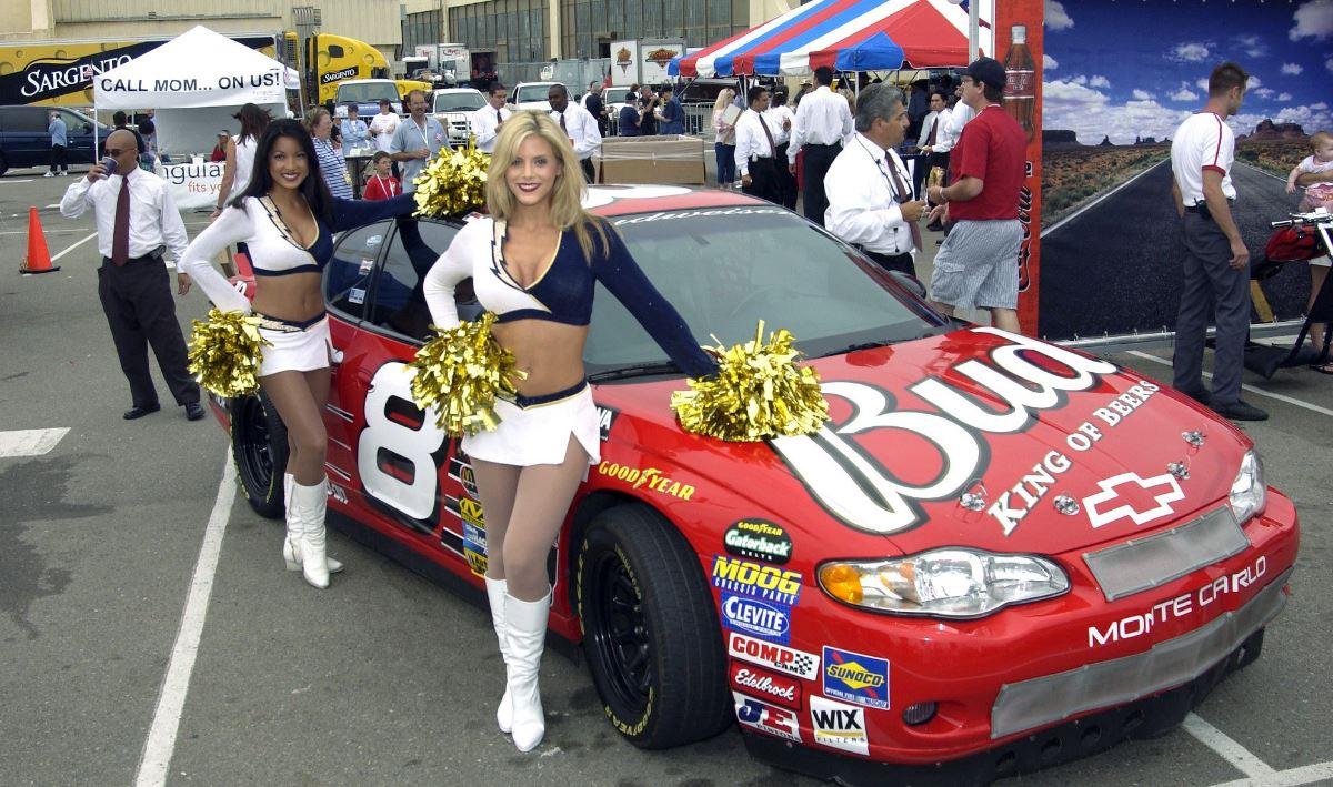 Amikor az NFL belép a NASCAR-ba