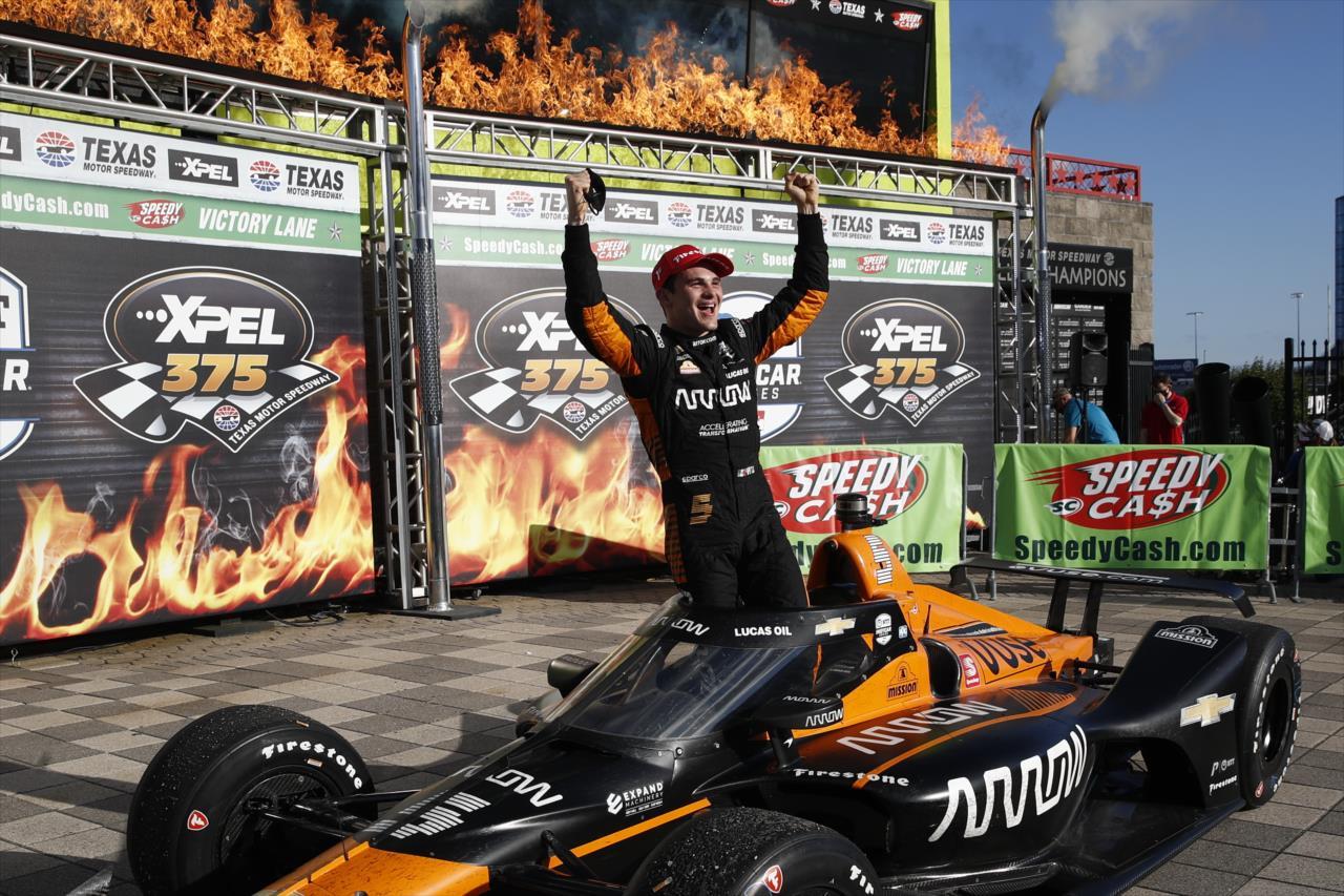 IndyCar: O'Ward megszerezte az új McLaren-éra első győzelmét Texasban