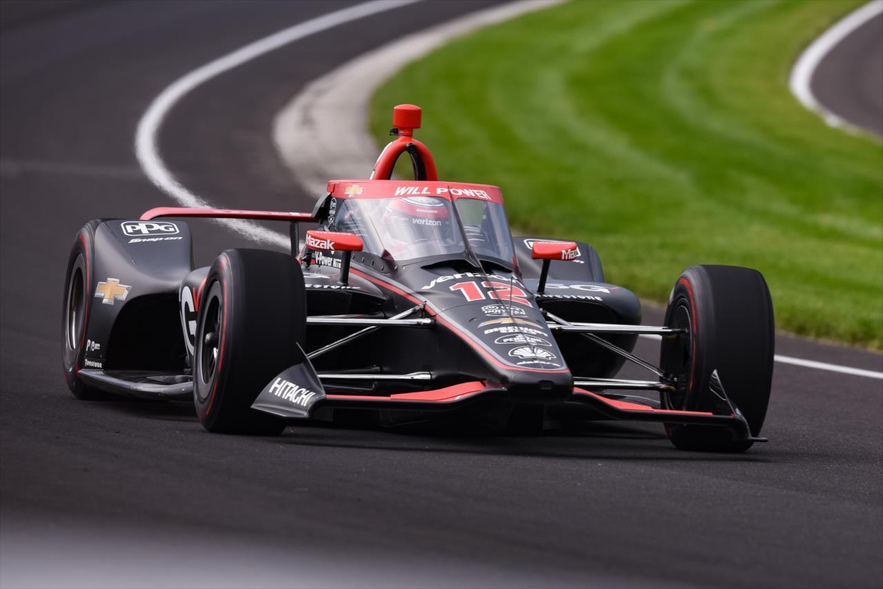Indy 500 – 1.nap: Power a leggyorsabb, Bourdais autója tüzet fogott