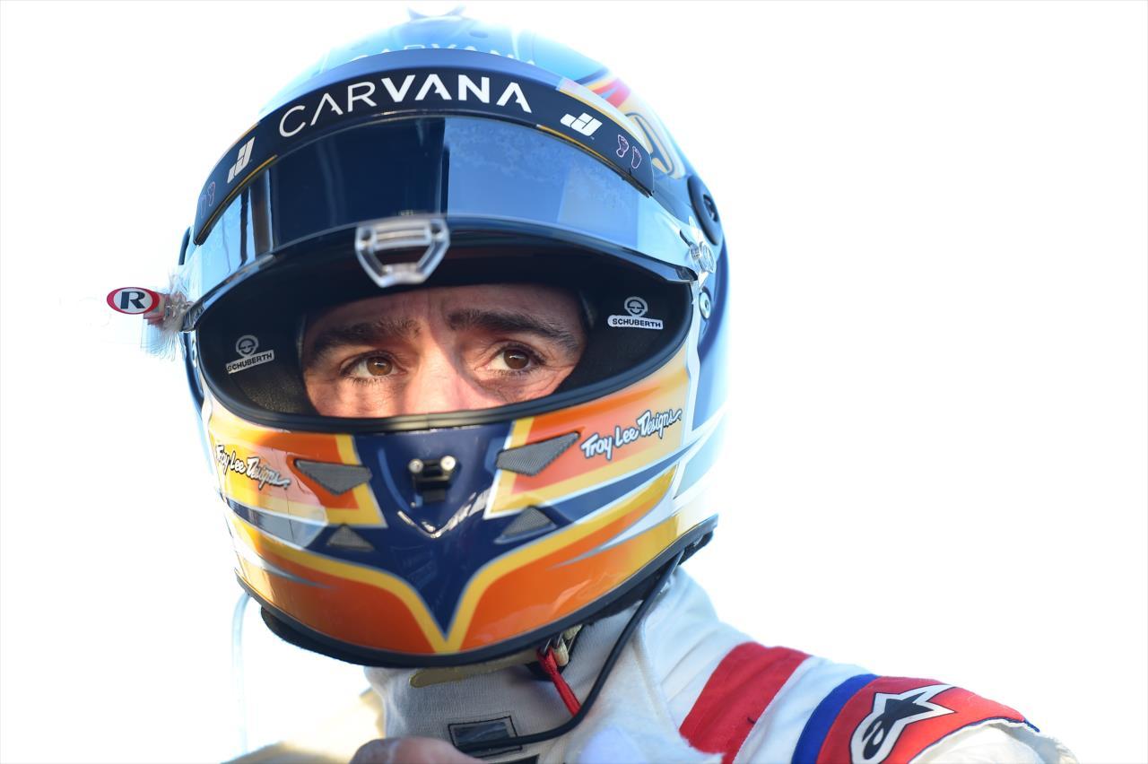 JJ: Az IndyCarban két, három kör sem kell ahhoz, hogy kilógjon a nyelved