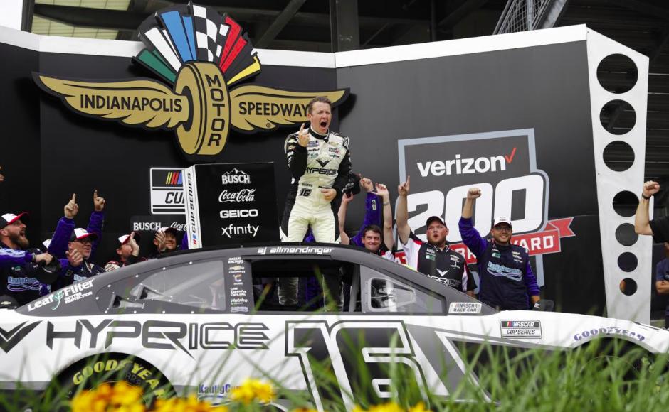 NASCAR-rekordot döntött a Kaulig Racing Indianapolisban