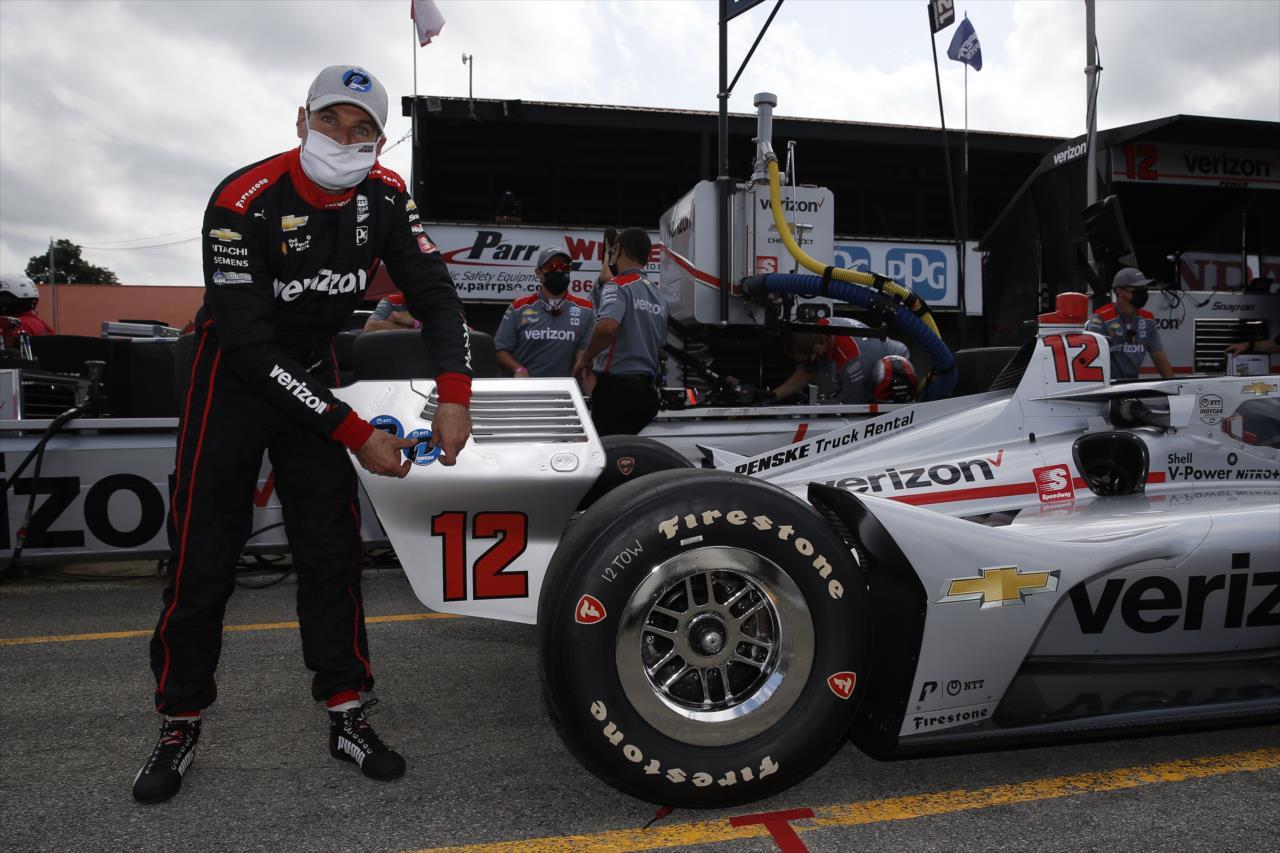 IndyCar: Power megszerezte a 60. pole-ját, Dixon bajban van