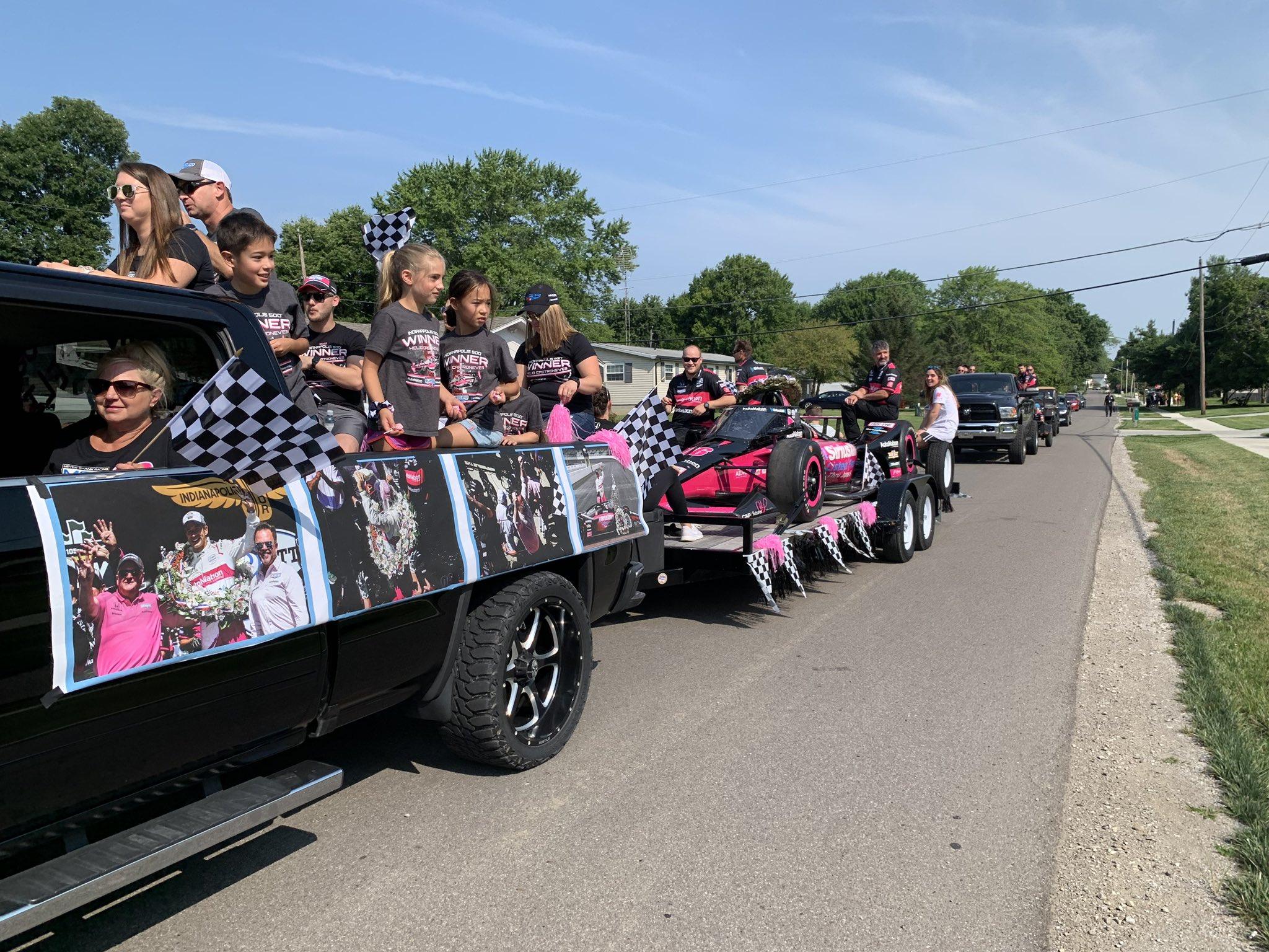 IndyCar: Utcai parádét rendeztek Ohióban a Meyer Shank Racing tiszteletére