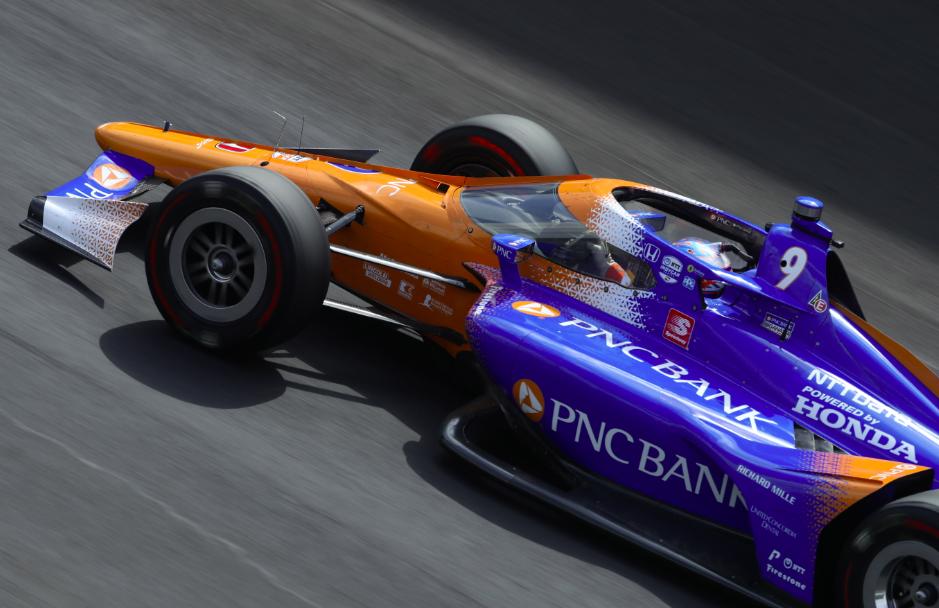 Indy 500/2. nap: Dixon és Harvey a leggyorsabb, Alonso autót tört