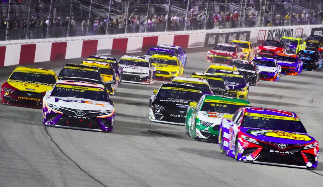 Szeptember 11-én a NASCAR hátborzongatóan kimaxolta a 'véletlen egybeesés' fogalmát