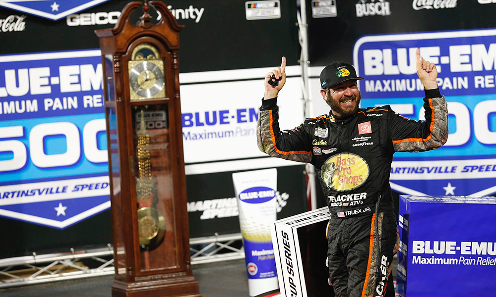 NASCAR: Martin megint meghódította Martinsville-t