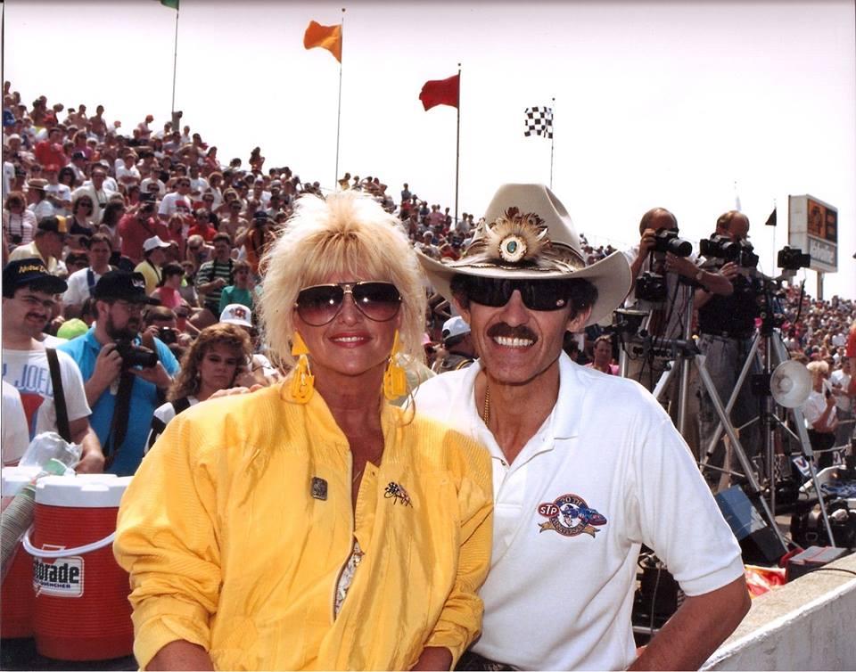 A királynő és maga a Király, a hétszeres NASCAR Cup bajnok Richard Petty
