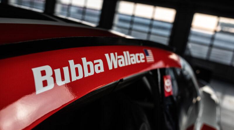 NASCAR: Bemutatta Daytona 500-as autóját Michael Jordan csapata