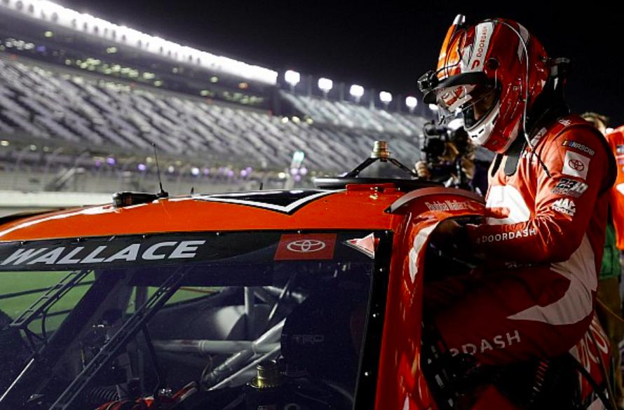 NASCAR: Bubba Wallace-ról készít dokusorozatot a Netflix