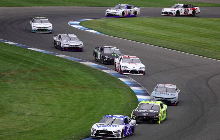 NASCAR: Pozitív COVID-teszt miatt mégsem térhet vissza Max Papis