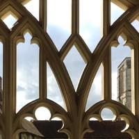 Séta közben a chichesteri katedrálisban