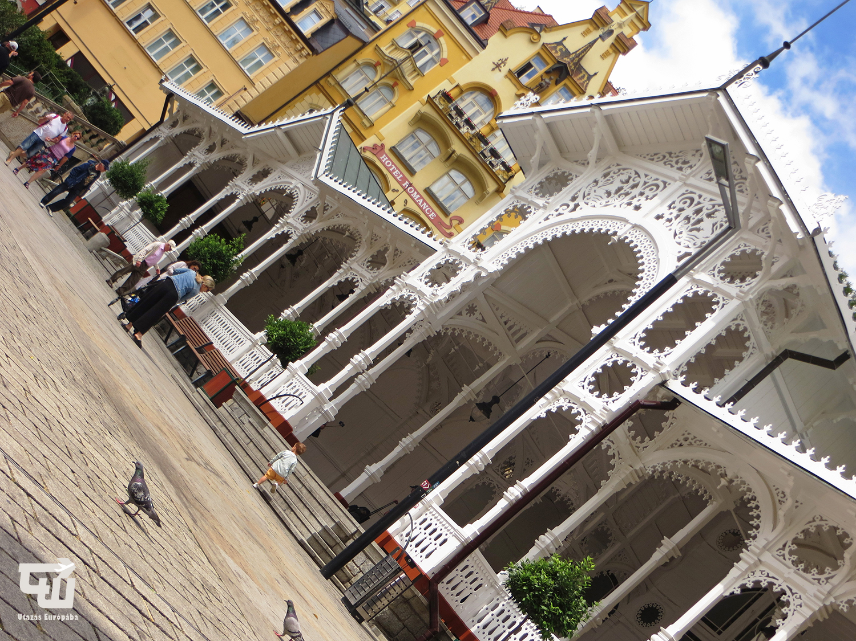 01_karlovy_vary_tr_ni_kolonada_market_colonnade_film_festival_csehorszag_esko_czech_republic_utazas_europaba.JPG