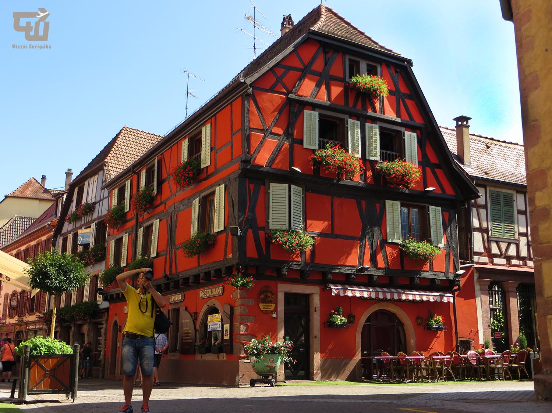 06_grand_rue_ribeauville_fachwerk_elzasz_alsace_franciaorszag_france_utazas_europaba.JPG