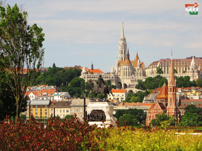 01_magyarorszag_hungary_ungarn_budapest_budai_var_matyas-templom_matthias_church.jpg
