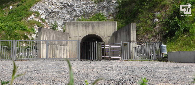 04_mittelbau-dora_alagut_tunnel_nordhausen_turingia_nemetorszag_germany_deutschland_ii_vilaghaboru_wwii_utazas_europaba.jpg