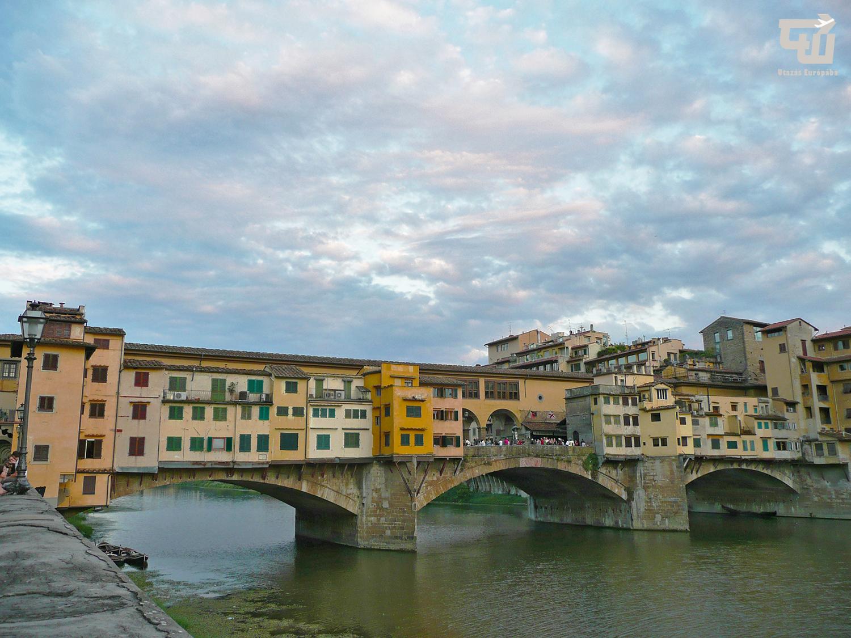 06_ponte_vecchio_firenze_florence_toszkana_toscana_olaszorszag_italy_italia_utazas_europaba.jpg