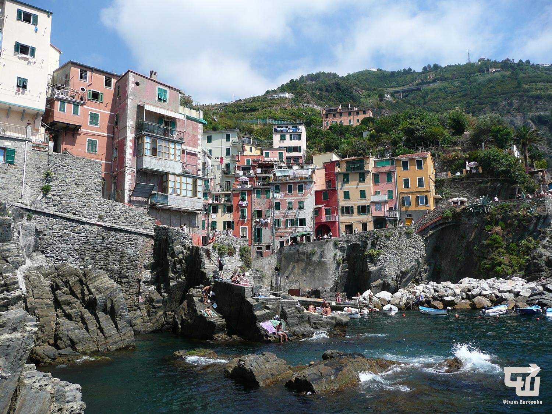 04_riomaggiore_liguria_cinque_terre_olaszorszag_italy_italia_utazas_europaba.JPG