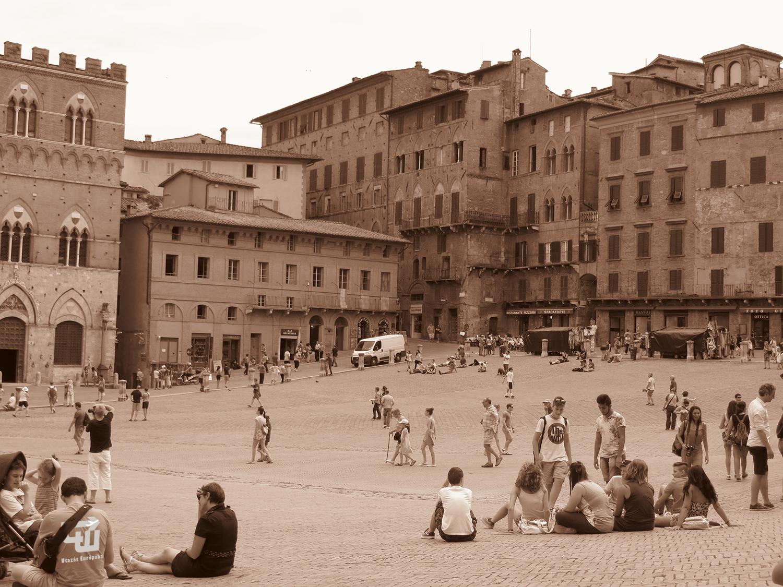 02_siena_piazza_del_campo_toszkana_toscana_olaszorszag_italy_italia_utazas_europaba.jpg