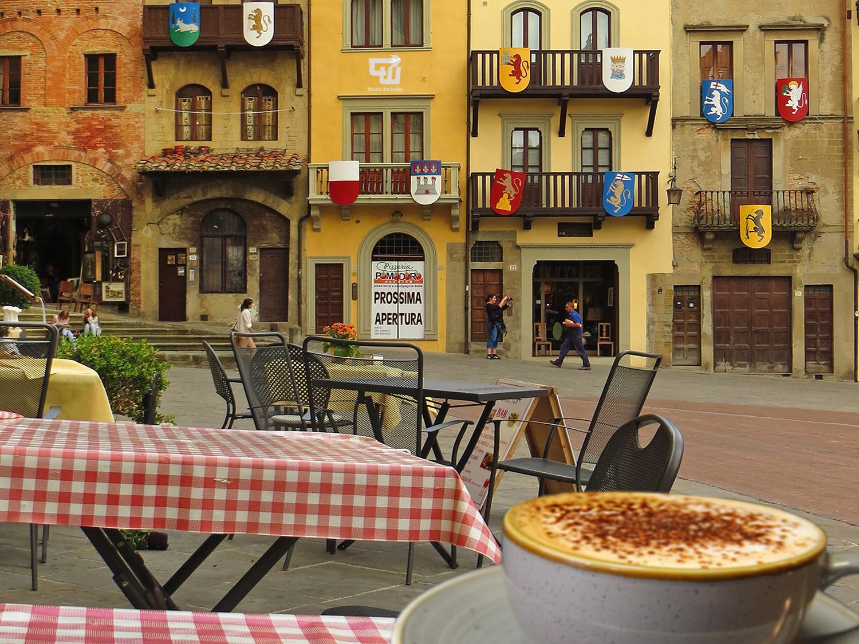 06_cappuccino_kave_cafe_coffee_arezzo_olaszorszag_italy_italia_utazas_europaba.jpg