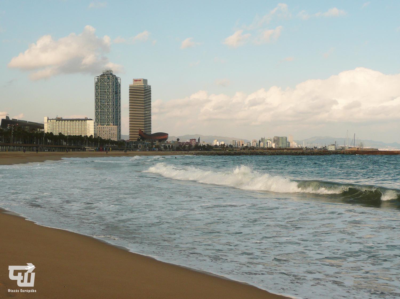 04_barcelona_balear-tenger_tengerpart_strand_beach_playa_katalonia_catalu_a_spanyolorszag_spain_espa_a.JPG