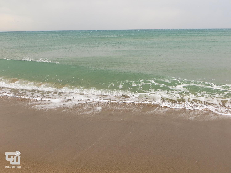 10_cefal_tirren-tenger_tengerpart_strand_beach_spiaggia_szicilia_sicily_sicilia_olaszorszag_italy_italia_italien_utazas_europaba.JPG