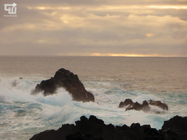 19_mosteiros_atlanti-ocean_tengerpart_strand_praia_azori-szigetek_s_o_miguel_azores_portugalia_portugal.JPG