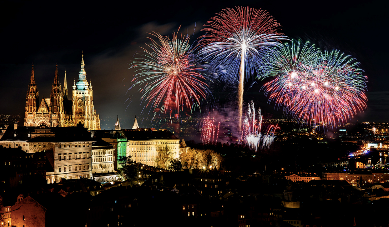 03_szilveszter_ujev_new_year_s_eve_tuzijatek_fireworks_praga_prague_praha_csehorszag_esko_czech_republic.jpg