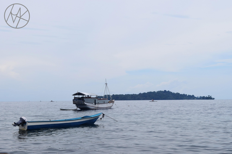 tiga_islands_ambon_asilulu_maluku_centralmaluku.JPG