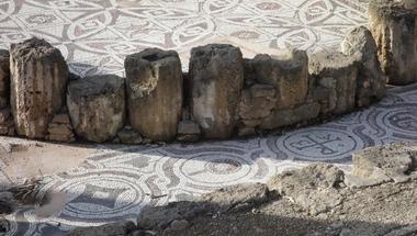 Szépségek és kalandok Küprisz szigetén