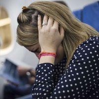 Miért dugul be a fülünk repülésnél?
