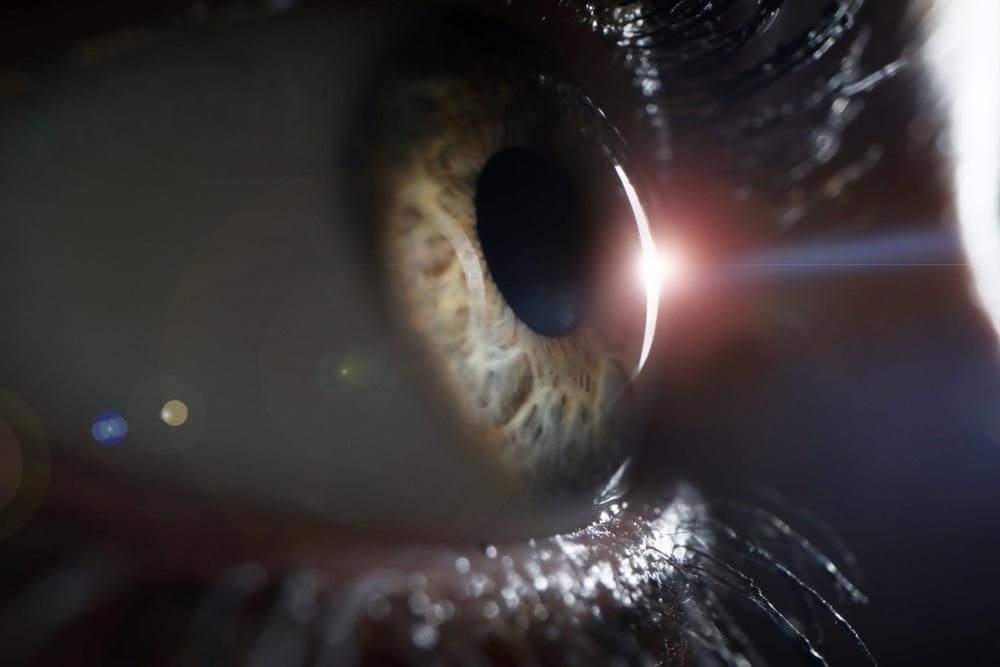 UV, uszoda, légkondi: veszélyben a szemek