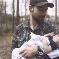 Hagyományos apák, modern fiúk: a játszótéri apukák