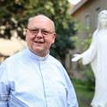 A katolikusok igazi kincse az Eucharisztia – Bocsa József SchP a váci örökimádás-kápolnáról.