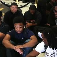 Rengeteg pénzt és faji szegregációt követelnek a fekete hallgatók