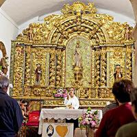 Nők állnak a papok helyére a haldokló plébániákon