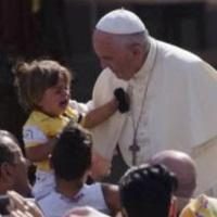 Hamispróféta elmozdította hivatalából a Pápai Életvédő Akadémia minden tagját.