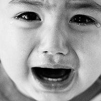 Senkit sem érdekel a gyerekkínzás?