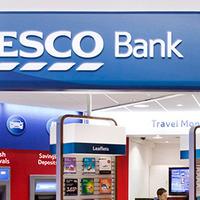 Tesco üzletfejlesztés - A Birodalmi Lépegető a banki szolgáltatások felé lépeget