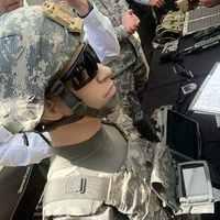 Készülődés a jövő high-tech háborúira - A szegény országoknál marad a szuronyroham gyakorlása