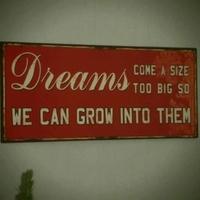 Üzleti innováció blog szolgálati közlemény - Rajtatok tartom a szemem!
