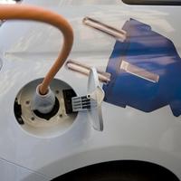 Innováció, üzletfejlesztés, újdonság az autóiparban – Egyre több ország tiltja be a dízel és benzines autók árusítását
