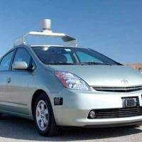 Amikor több gyönyörű rovat izmos, izzadt teste összecsattan: Vezető nélküli autót szabadalmaztatott a Google