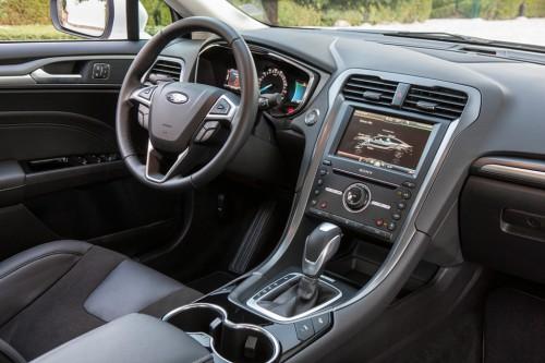 Ford_Mondeo_Hybrid_2.jpg