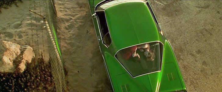 Valamint a Gattaca című filmben Ethan Hawke a Riviérán, azaz egy Rivierában fogant.